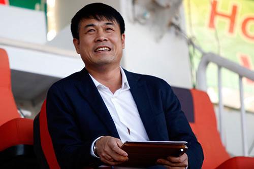 """HLV Hữu Thắng """"cất"""" Công Phượng cho SEA Games 29 - 2"""