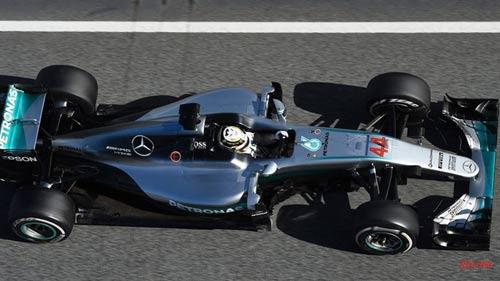 F1, Mercedes - Ferrari: Ai cũng run (P2) - 1