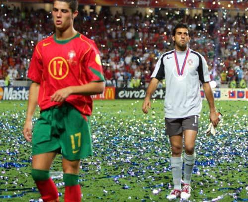 So tài Ronaldo-Messi: M10 so với Maradona, còn CR7? (P4) - 2