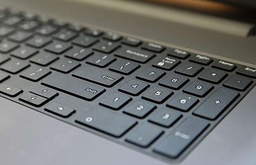 Đánh giá Dell Inspiron 17 5000: Trải nghiệm tốt, hiệu suất khá - 2