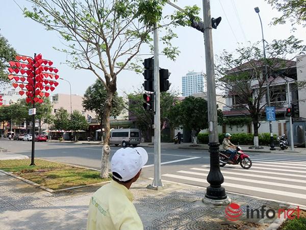 Đà Nẵng: Lạ lẫm với đèn tín hiệu dành cho người đi bộ - 3