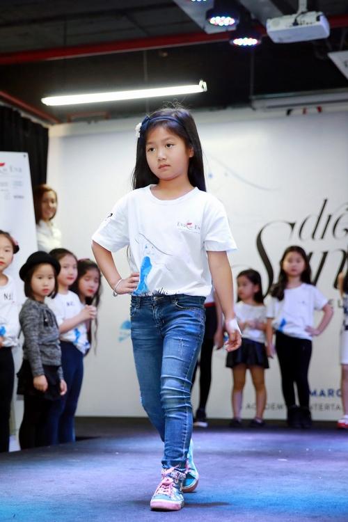Mạnh Trường đưa con gái đi casting thời trang - 4