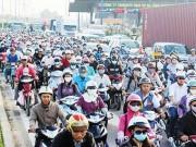 Tin tức trong ngày - Ùn tắc giao thông vì… trạm thu phí