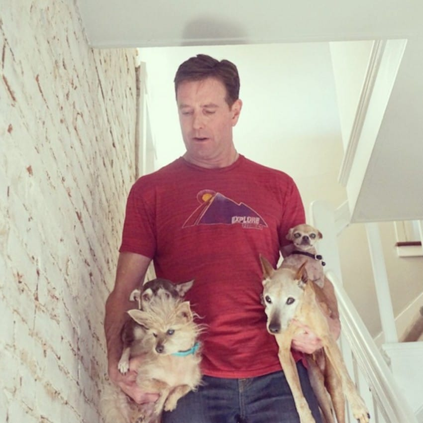 Người đàn ông Mỹ cưu mang cả đàn thú nuôi trong nhà - 2