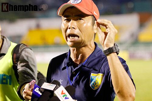 """""""Ông Lê Thụy Hải 2.0"""" & chuyện HLV đen nhất V-League - 1"""