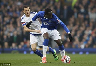 Chi tiết Everton - Chelsea: 3 phút 2 thẻ đỏ (KT) - 7