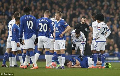 Chi tiết Everton - Chelsea: 3 phút 2 thẻ đỏ (KT) - 5