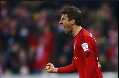 """Bayern - Bremen: """"Bàn tay nhỏ"""" chờ Juve - 1"""