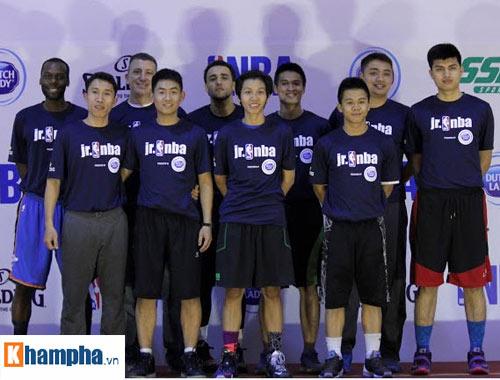 """Rèn tinh thần thể thao và """"săn"""" tài năng trẻ bóng rổ ở VN - 1"""