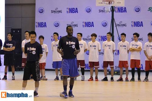 """Rèn tinh thần thể thao và """"săn"""" tài năng trẻ bóng rổ ở VN - 2"""