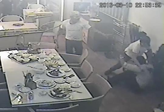 Chém trọng thương chủ nhà hàng ở Nha Trang để dằn mặt - 2