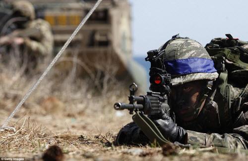 Ảnh: Mỹ - Hàn tập trận đổ bộ lớn chưa từng thấy - 12