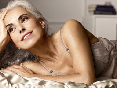 """Người mẫu bikini 60 tuổi trẻ như 30 tuổi nhờ dầu giá """"bèo"""" - 2"""