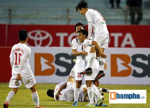 Ngày hội bóng đá trẻ trên sân Cao Lãnh - 1