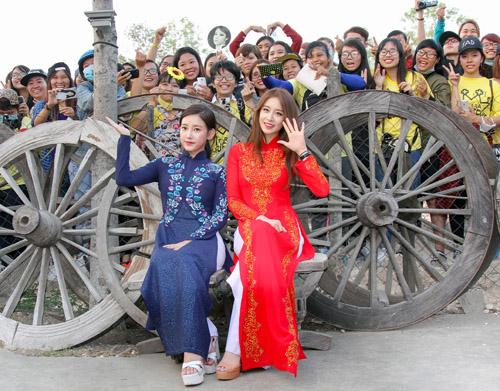 T-ara đẹp hút hồn khi diện áo dài ở Việt Nam - 7