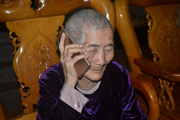 """Cuộc sống của cụ bà 107 tuổi """"30 năm chưa biết đến viên thuốc"""" - 13"""
