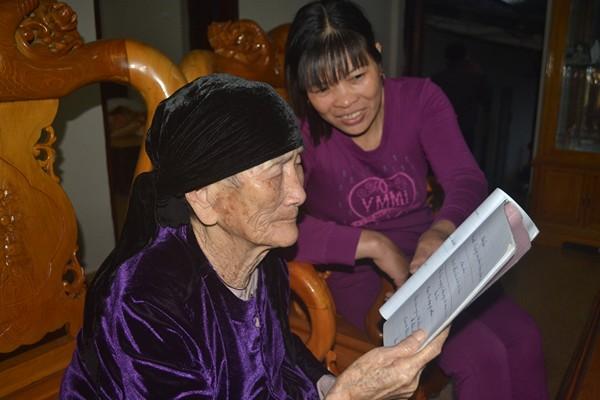 """Cuộc sống của cụ bà 107 tuổi """"30 năm chưa biết đến viên thuốc"""" - 8"""