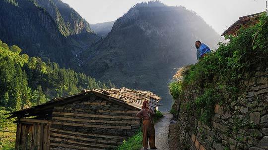 Ngôi làng tách biệt với thế giới - 1