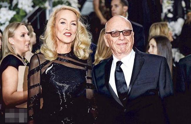 Người mẫuJerry Hall vừa lên xe hoa với tỷ phútruyền thông Rupert Murdoch vào đầu tháng 3 vừa qua.