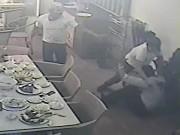 An ninh Xã hội - Chém trọng thương chủ nhà hàng ở Nha Trang để dằn mặt