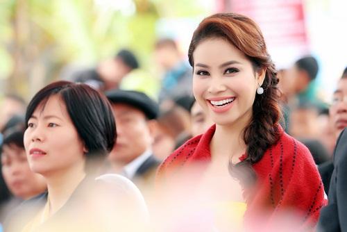 Phạm Hương xinh đẹp rạng ngời nhờ tăng cân đúng ý - 2