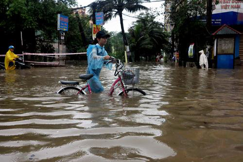 Tư vấn mua xe điện chống nước đi được trời mưa - 1