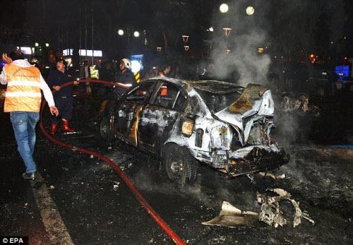Hiện trường vụ đánh bom thảm khốc ở Thổ Nhĩ Kỳ - 4