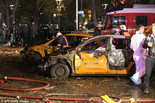 Hiện trường vụ đánh bom thảm khốc ở Thổ Nhĩ Kỳ - 7