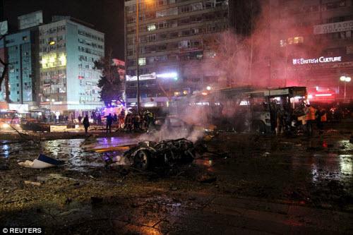 Hiện trường vụ đánh bom thảm khốc ở Thổ Nhĩ Kỳ - 9