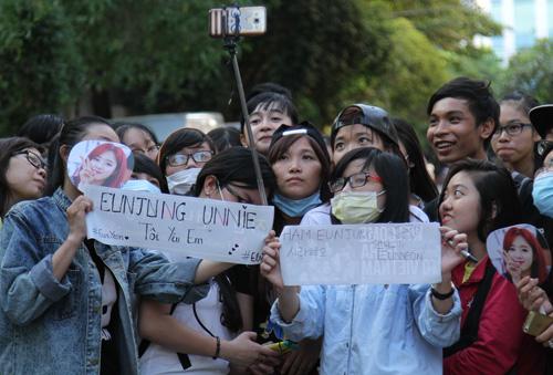 Fan Việt rượt đuổi T-ara khiến đường phố tắc nghẽn - 12