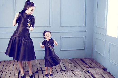 """Linh Nga: """"Tôi luôn mang con gái đi diễn cùng"""" - 2"""