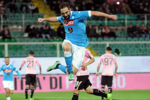 Tiêu điểm vòng 29 Serie A: Buffon và 3 phút để vĩ đại nhất - 2
