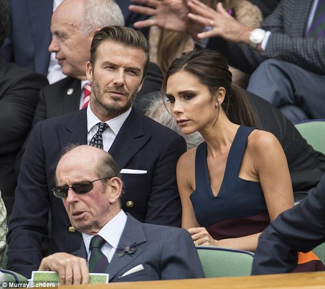 Thương hiệu thời trang Victoria Beckham thua lỗ 129 tỷ - 1