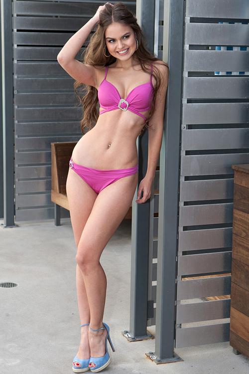 """Hoa hậu """"hụt"""" được bầu là mỹ nhân sexy nhất hành tinh - 9"""