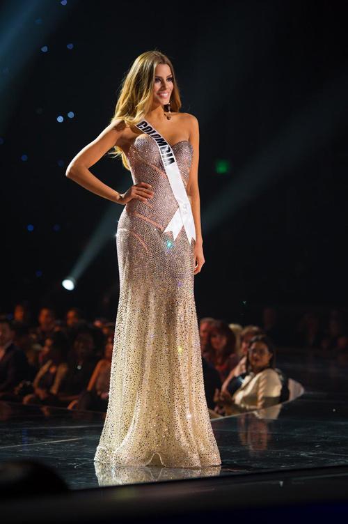 """Hoa hậu """"hụt"""" được bầu là mỹ nhân sexy nhất hành tinh - 3"""