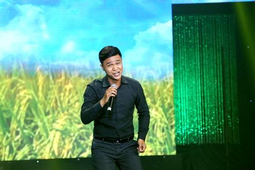 """Chàng trai bán heo quay """"gây bão"""" cuộc thi hát karaoke - 1"""