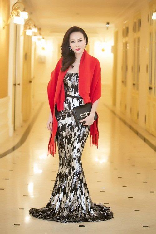 Dương Yến Ngọc diện váy sequin lộng lẫy khoe đường cong - 4