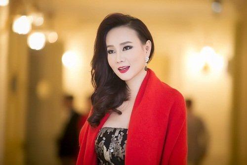 Dương Yến Ngọc diện váy sequin lộng lẫy khoe đường cong - 5