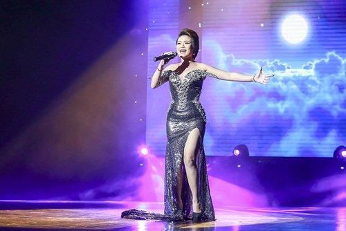 Dương Yến Ngọc diện váy sequin lộng lẫy khoe đường cong - 6