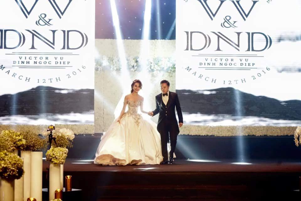 Cận cảnh váy cưới nặng 20kg của Đinh Ngọc Diệp - 1
