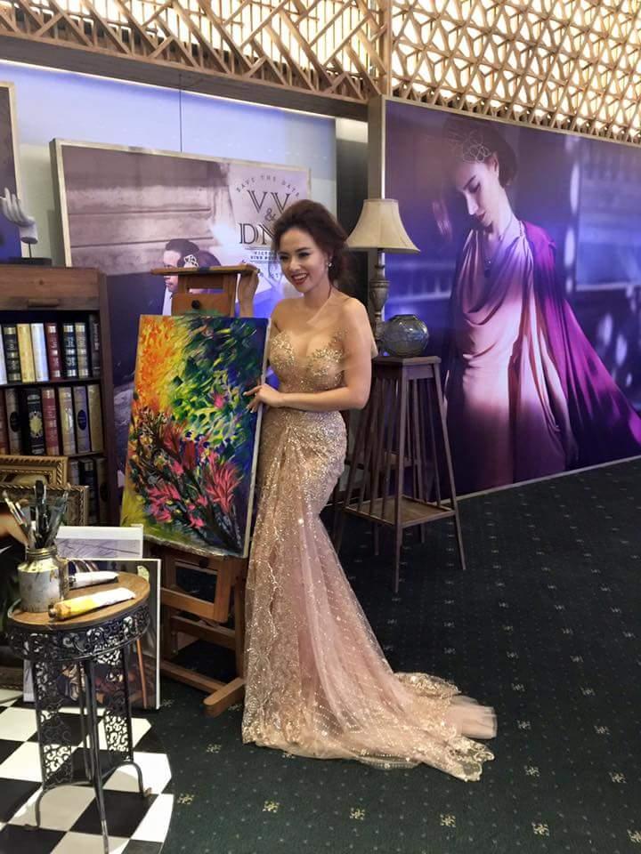 Cận cảnh váy cưới nặng 20kg của Đinh Ngọc Diệp - 6