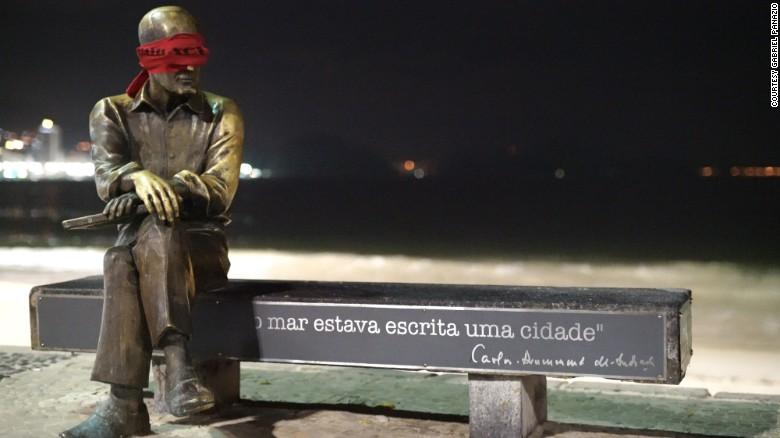 Brazil: Dân bịt mắt tượng đài để phản đối chính quyền - 3