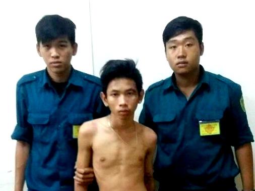 Dân quân tự vệ chạy bộ 1km bắt cướp giật ở Sài Gòn - 1