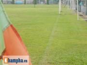Bóng đá Việt Nam - Sân bóng ở V-League xấu nhất khu vực!