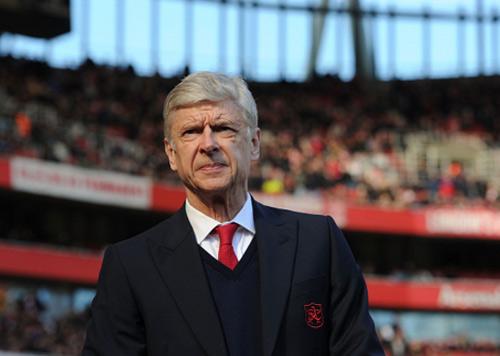Được ông chủ ủng hộ, Wenger sẽ không bị sa thải - 2