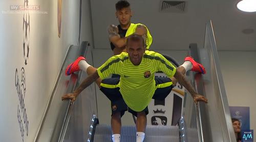 Góc châm biếm: Muốn ngăn Barca, hãy để họ đá penalty - 2