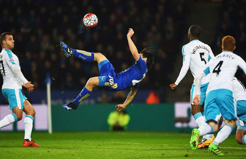 Leicester - Newcastle: Tuyệt tác từ Nhật Bản - 1