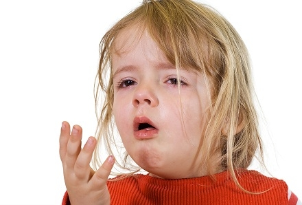 Cảnh báo trẻ mắc ho gà biến chứng nguy hiểm tính mạng - 1