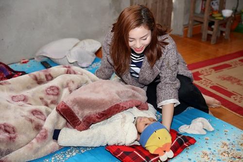 Kỳ Duyên quyên 240 triệu xây phòng học ở Tuyên Quang - 7