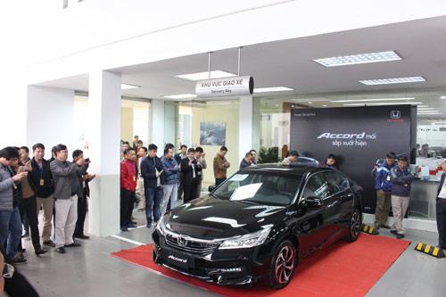 Honda Accord 2016 chính thức xuất hiện! - 2